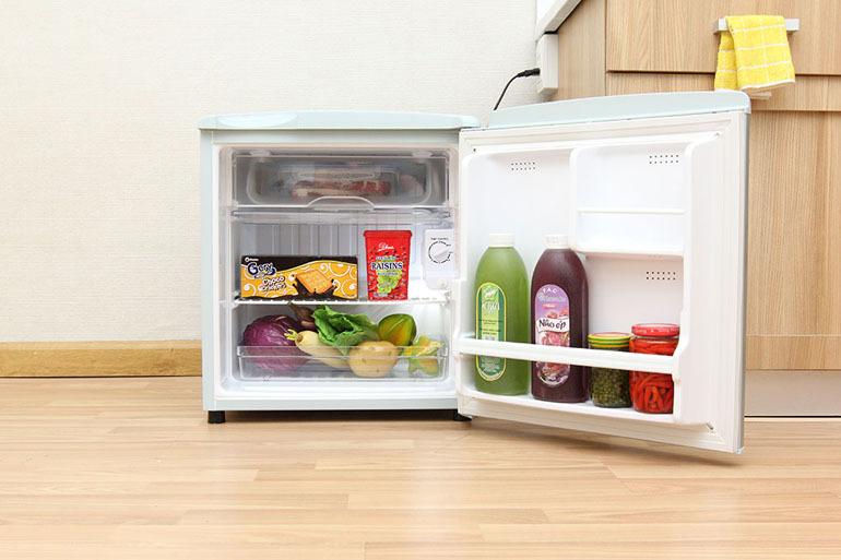 Tủ lạnh mini Aqua AQR-55AR