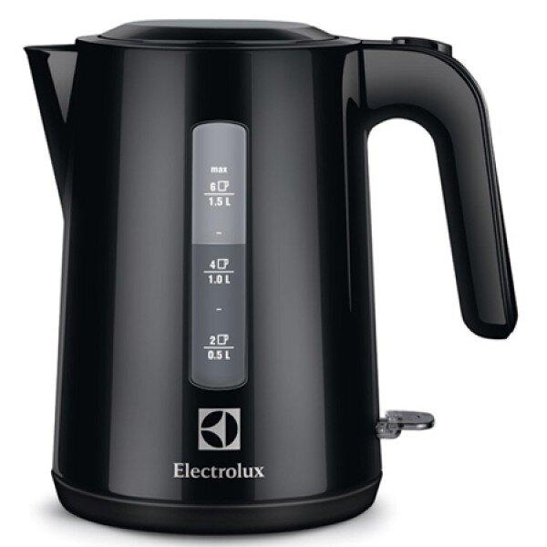 Ấm siêu tốc Electrolux EEK-3200 – Công suất càng cao, thời gian càng ngắn