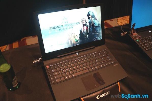 Aorus X5  laptop chơi game mạnh nhất thế giới