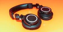 ATH-M50xBT: Giá phải chăng, đeo thoải mái, âm thanh đáng kinh ngạc