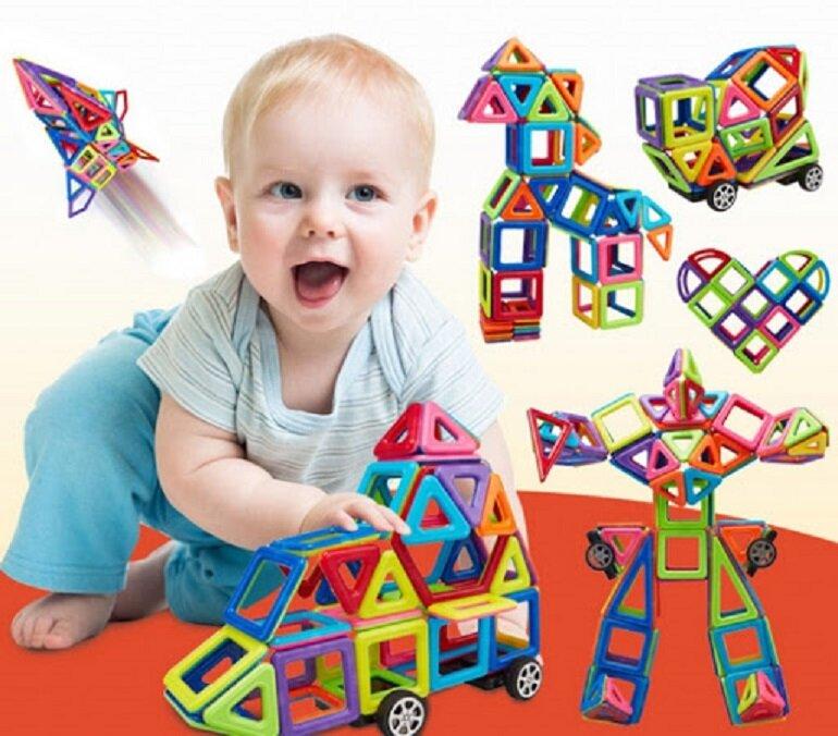 Trẻ mấy tuổi thì có thể chơi đồ chơi ghép hình, đồ chơi ghép hình có mấy loại?