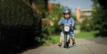 Bạn đã biết cách dạy bé đi xe đạp?