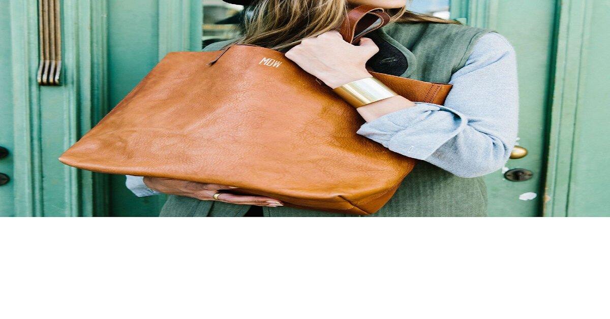 Bạn nên có 4 kiểu túi sách có thể diện trong mọi hoàn cảnh này!