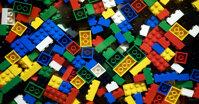 Bảng giá đồ chơi xếp hình Lego trong tháng 11/2017