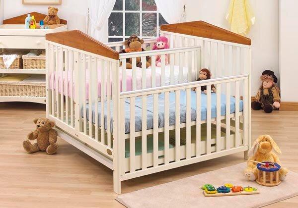 Bảng giá giường cũi cho bé dưới 2 triệu đồng cập nhật tháng 12/2015