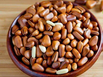 Bảng giá một số loại hạt khô ăn tết 2017
