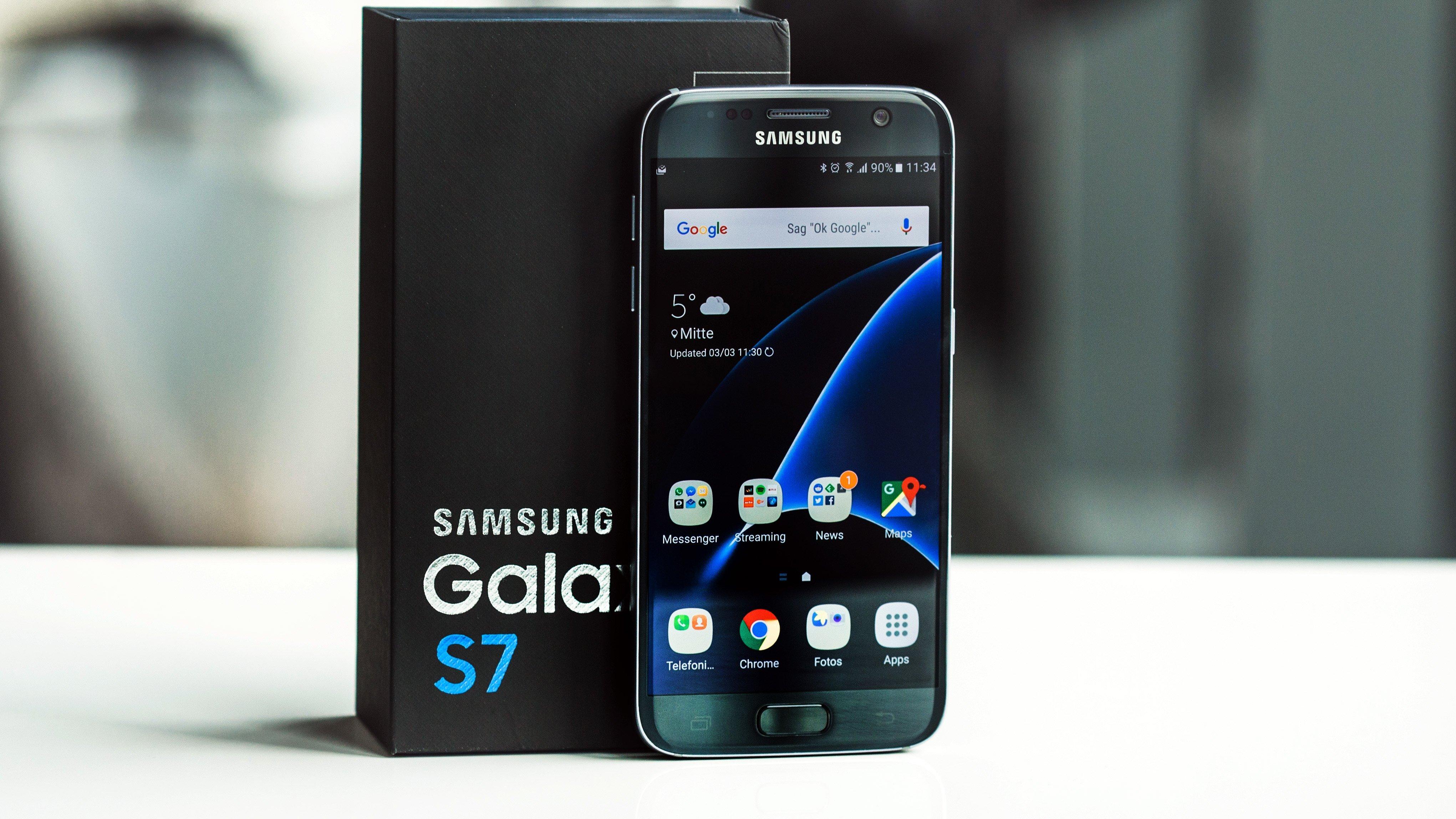 Bảng giá smartphone Samsung chính hãng mới nhất tháng 12/2016