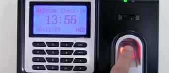 Bảng so sánh giá máy chấm công giá rẻ bằng vân tay (tháng 11/2015)