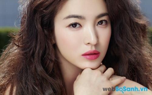 """Bí quyết giúp bạn có làn  da  trắng như """"Hot girl"""" xứ Hàn"""