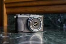Đánh giá máy ảnh compact cao cấp Fujifilm X70