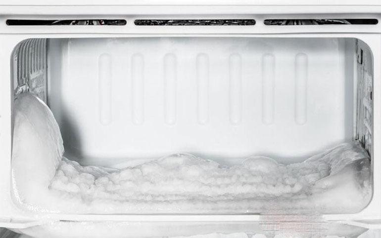 Nguyên nhân tủ lạnh đống tuyết và cách khắc phục hiệu quả nhất