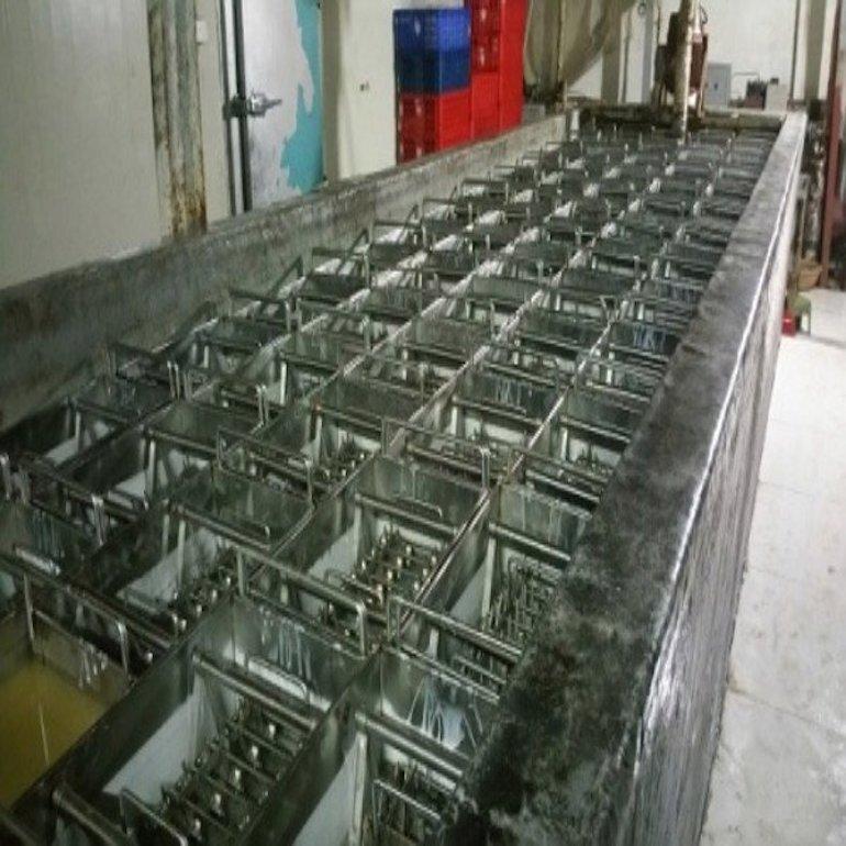 Đặc điểm của máy làm kem que công nghiệp