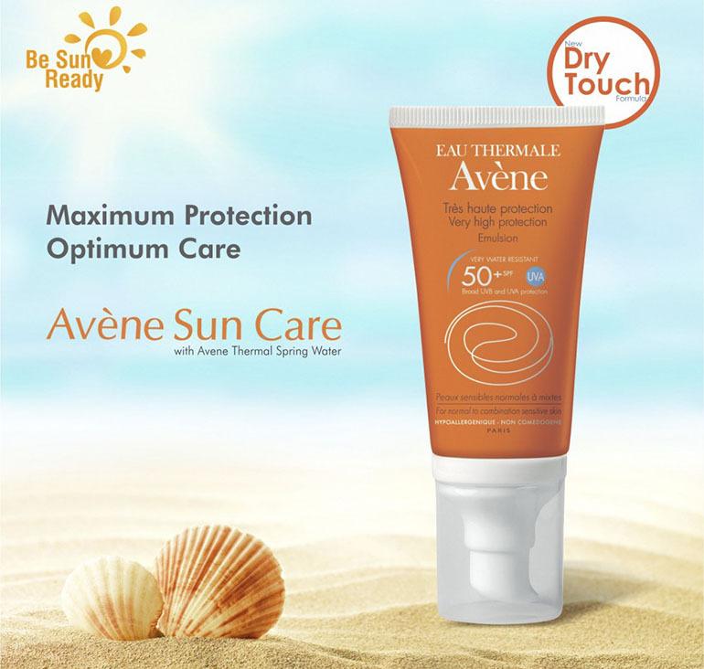 Avène very High protection Cream SPF 50+ 50ml chất kem mềm nhẹ nhàng với làn da, bổ sung độ ẩm cần thiết cho da khi bạn vận động cũng như chơi một số môn thể thao vận động mạnh trong mùa hè này