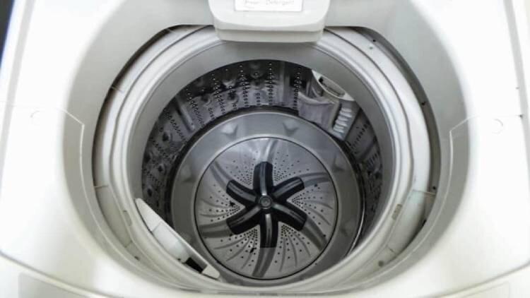 máy giặt cửa ngang LG và Samsung