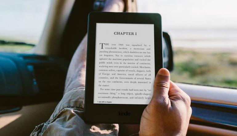 Máy đọc sách Amazon Kindle Paperwhite 2017 giá bao nhiêu ?