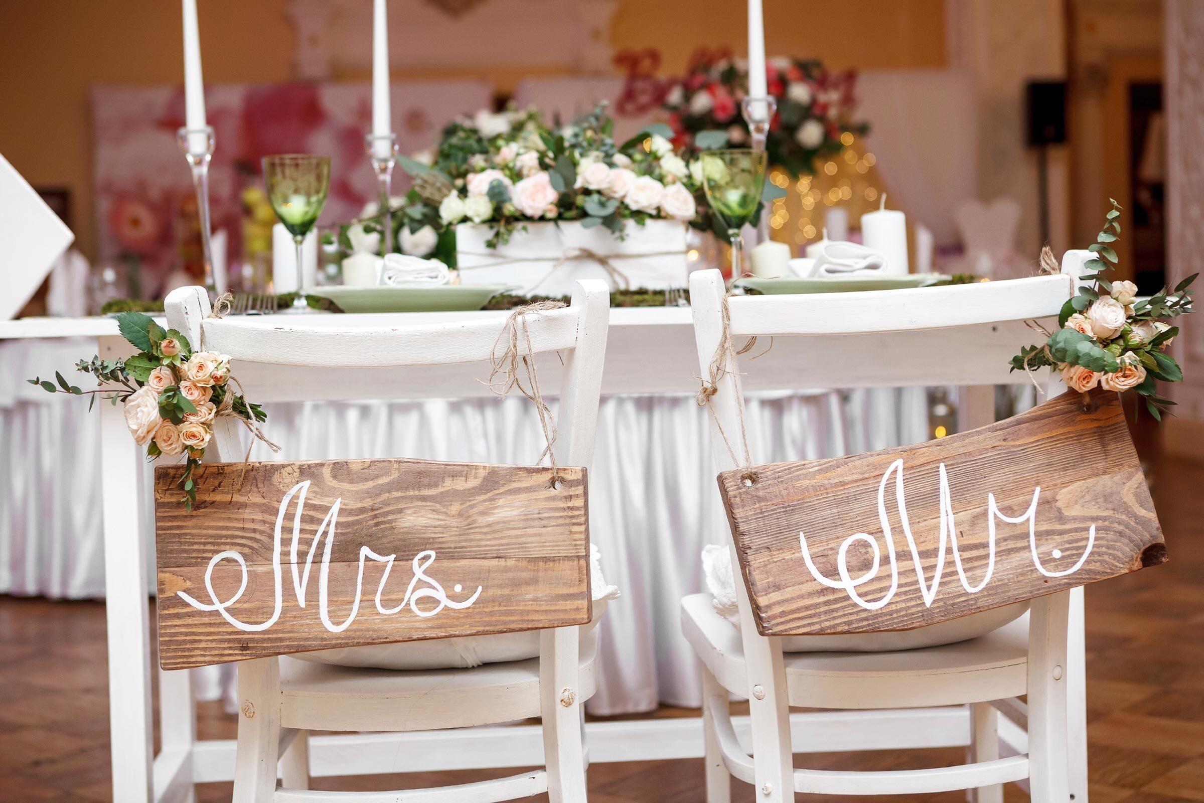 Có rất nhiều điều mà cô dâu chú rể phải chuẩn bị trước đám cưới