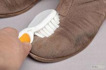 Cách bảo quản và vệ sinh giày da lộn