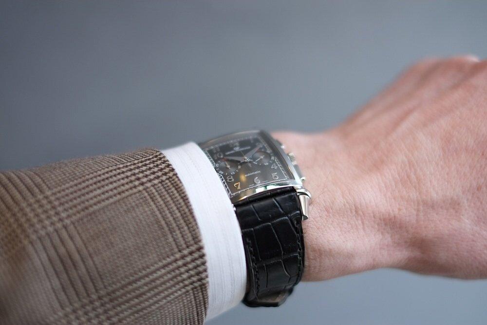 Cách chọn đồng hồ cho người có cổ tay nhỏ