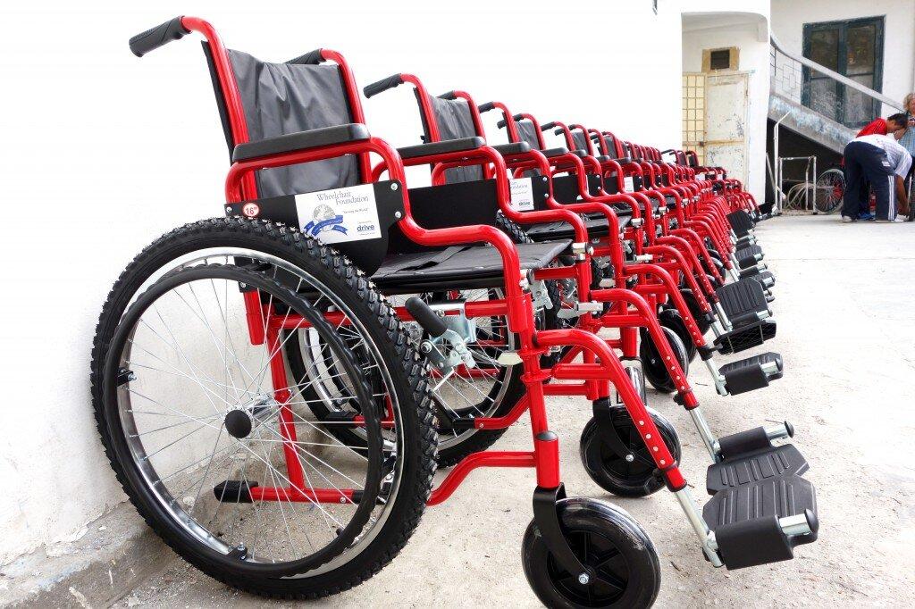 Cách chọn xe lăn phù hợp với kích thước cơ thể
