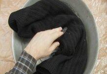 Cách giặt giũ quần áo tối màu luôn đẹp như mới