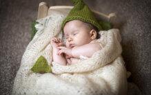 Cách giúp bé ngủ ngon trong mùa hè nóng bức