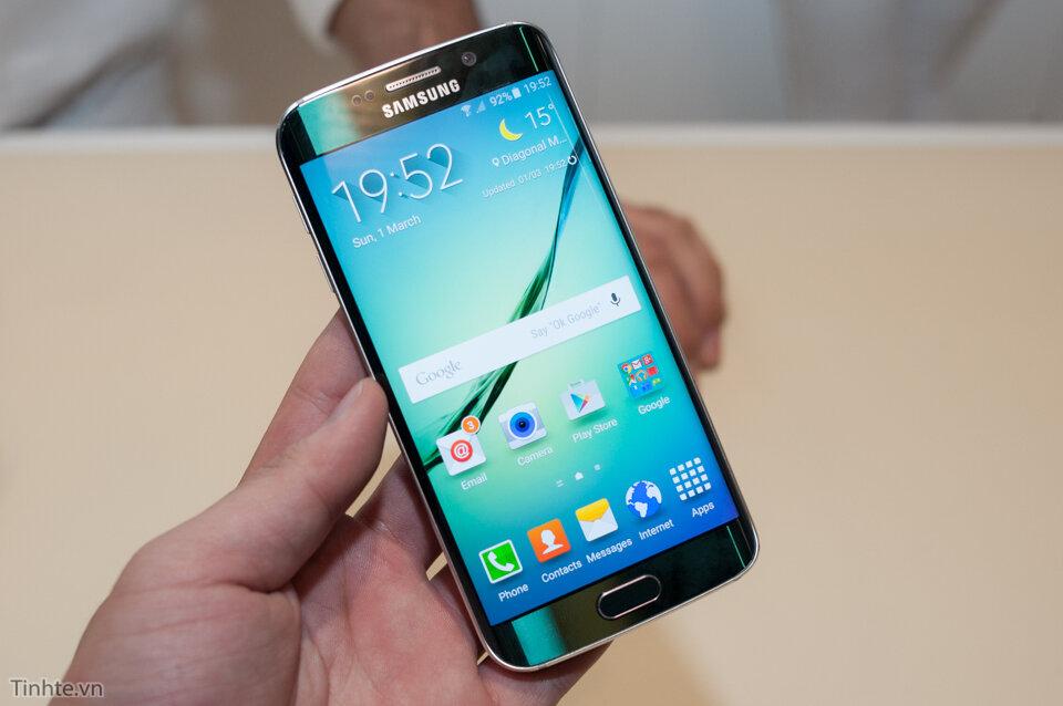 Cách khắc phục lỗi đơ màn hình cảm ứng trên Samsung Galaxy S6 Edge