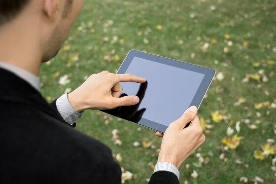 Cách kiểm tra tài khoản trên iPad và nạp tiền mạng Mobi, Vina, Viettel