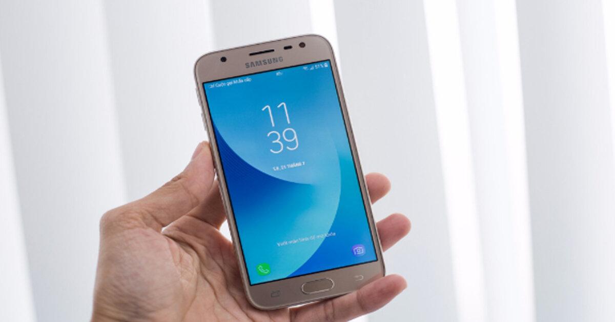 Cách mạng mua sắm 12/12: Mua điện thoại Samsung Galaxy j3 Pro ở đâu rẻ hơn?