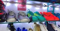 Cách nhận biết địa chỉ bán giày bóng đá Adidas chính hãng uy tín
