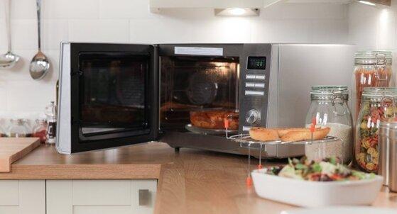 Cách sử dụng lò vi sóng cơ tận dụng hết các chức năng nấu nướng