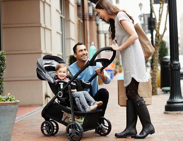 Cách sử dụng và vệ sinh xe đẩy trẻ em bố mẹ nên lưu ý