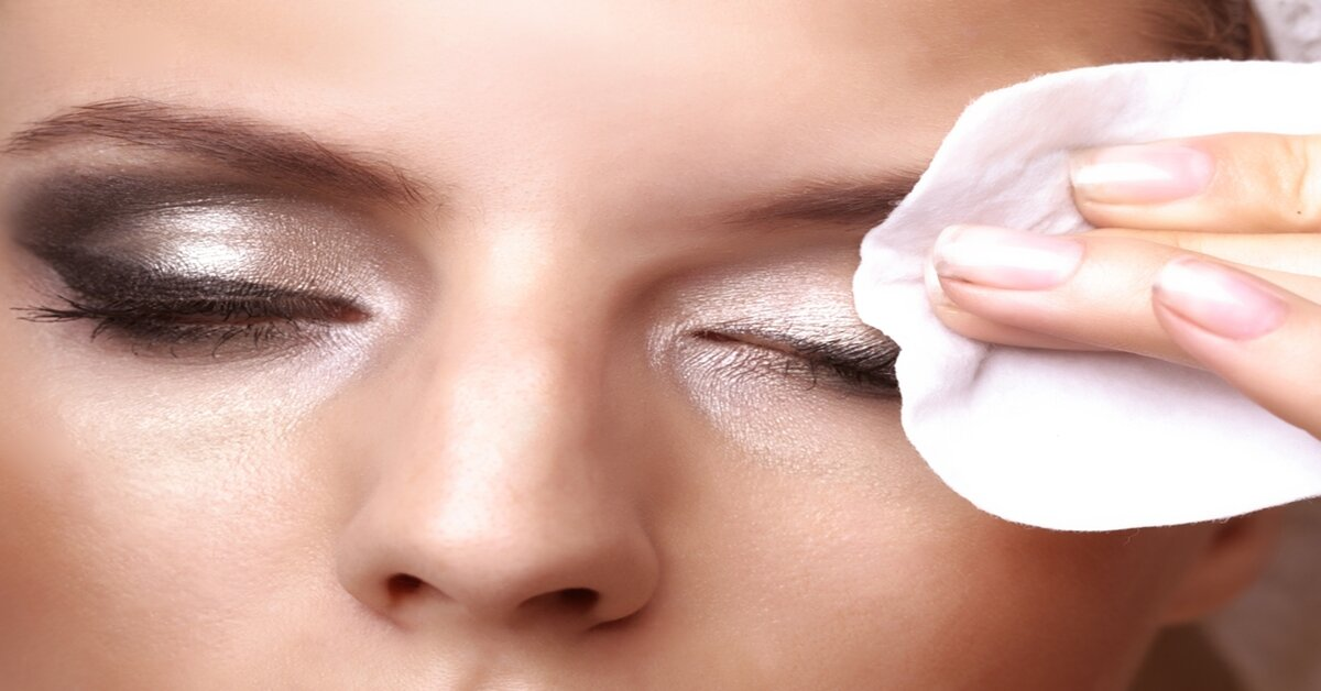 Cách vệ sinh vùng da mắt an toàn mà vẫn loại bỏ hoàn toàn mascara
