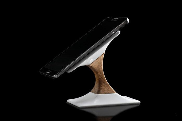 Cận cảnh chân sạc không dây tuyệt đẹp dành cho smartphone và tablet