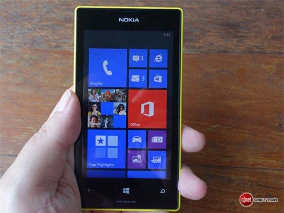 Cận cảnh Lumia 525, chiếc Lumia 520 sở hữu 1 GB RAM