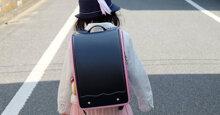 Cặp sách chống gù có thực sự tốt và giúp trẻ không bị gù ?