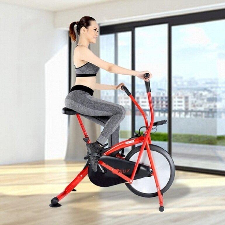 Xe đạp tập thể dục đã giúp hàng triệu người trên thế giới giảm cân thành công
