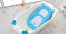 Chậu tắm cho bé sơ sinh loại nào tốt nhất?