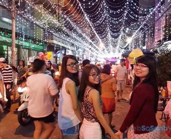 Tổng hợp các địa chỉ chụp ảnh check-in đẹp nhất hot nhất Giáng sinh năm nay tại Sài Gòn