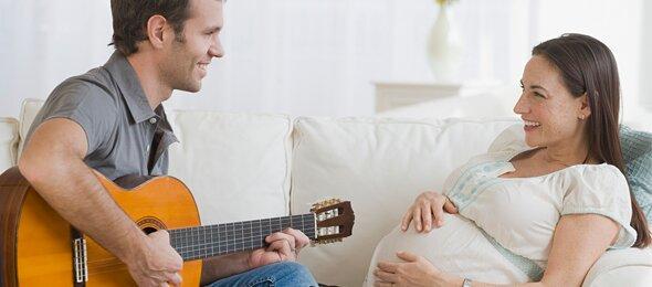Cho con nghe nhạc gì để con thông minh và sáng tạo hơn