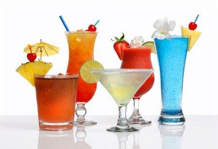 Chọn đúng loại ly, cốc cho loại đồ uống để đãi khách
