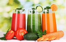 Chọn mua máy ép trái cây hay máy xay sinh tố ?
