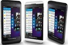 Chọn smartphone giá rẻ nào giữa HTC Desire 310 và BlackBerry Z10