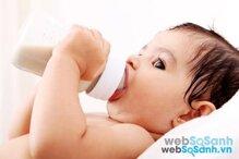 Chọn sữa công thức cho bé như thế nào để phù hợp với từng giai đoạn phát triển?