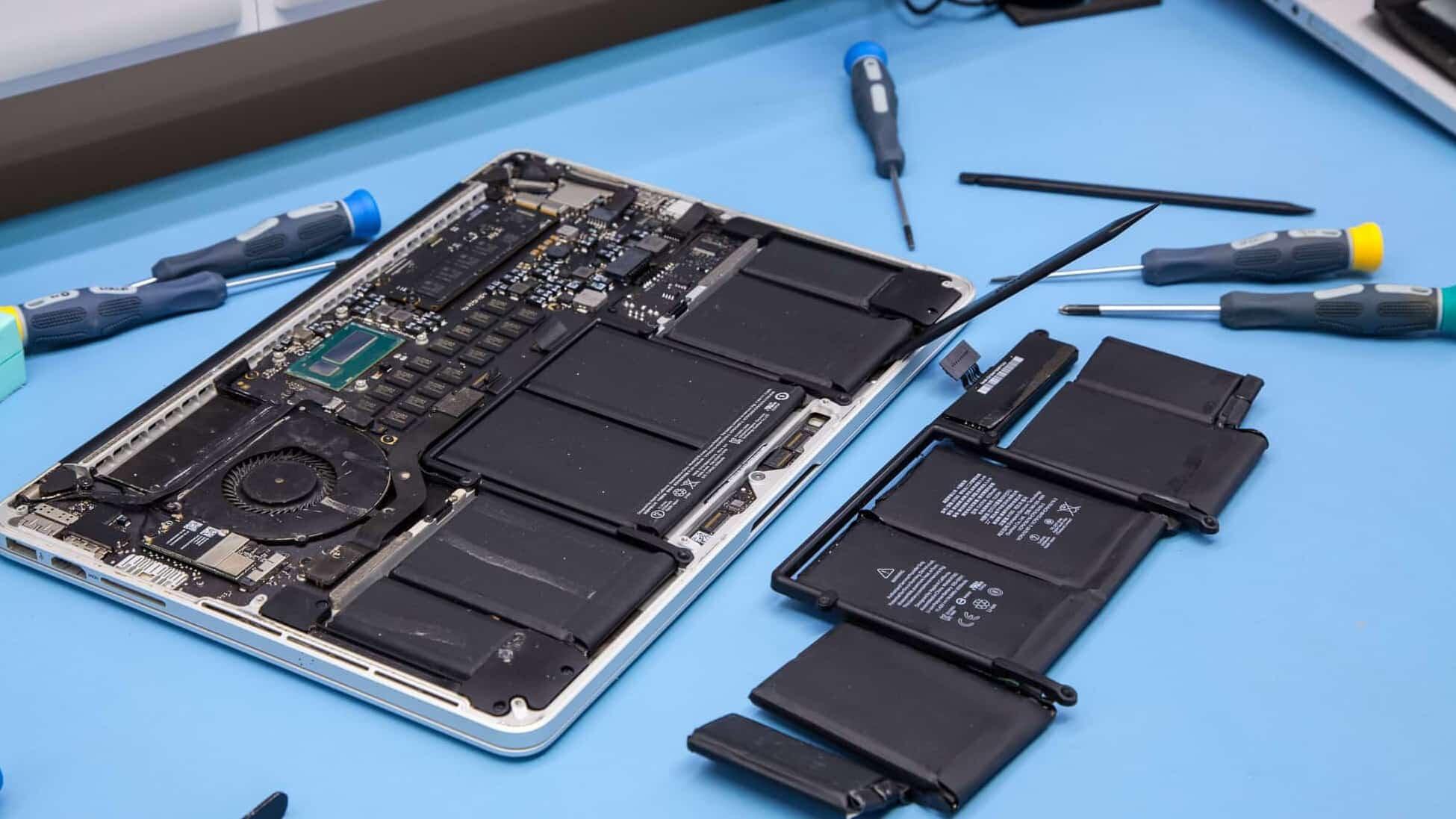Hãy tìm mua pin Macbook chính hãng ở những địa chỉ uy tín