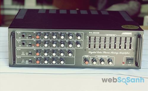 Amply là thiết bị quen thuộc trong dàn âm thanh gia đình