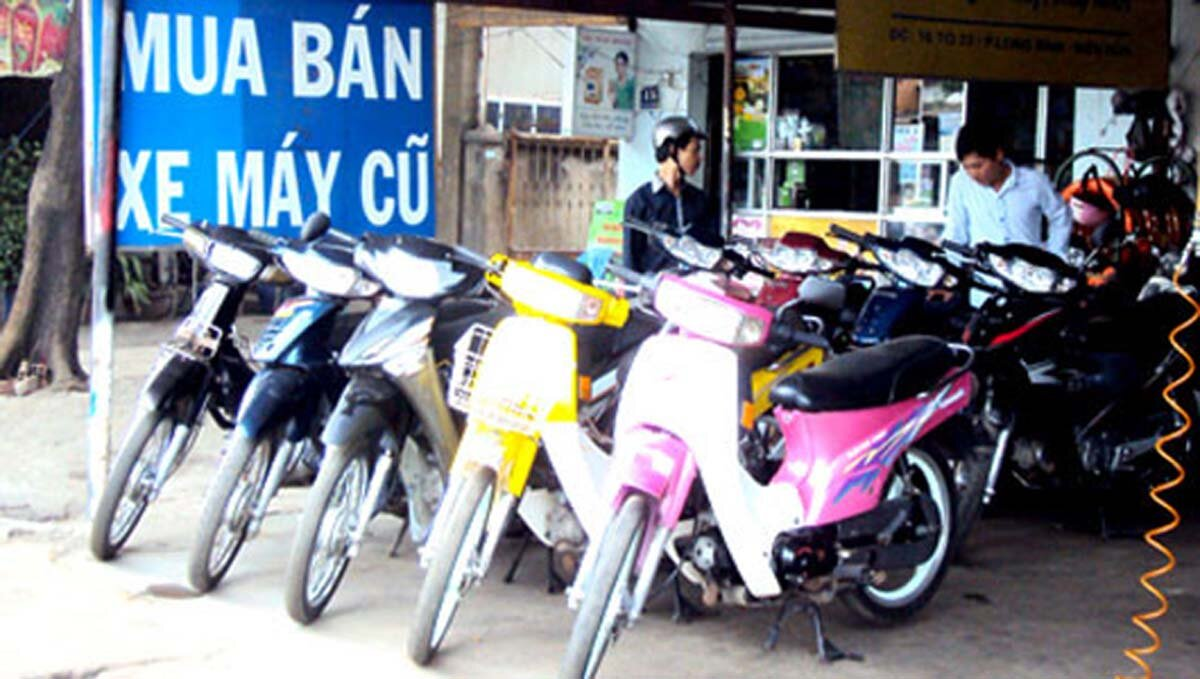 Có hay không nên mua xe máy cũ trả góp giá rẻ?