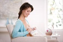 Có nên dùng máy hút sữa không?