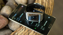 Có nên mua đồng hồ thông minh Samsung Gear 1 V700 giá 3 triệu đồng?