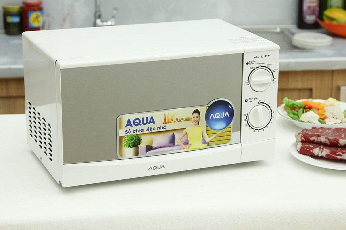 Có nên mua lò vi sóng Aqua AEM-S2195W không? Cách sử dụng như thế nào?
