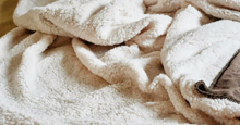 Top 7 chăn lông cừu giá rẻ cho mùa đông ấm áp